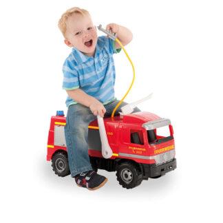 brandweerauto met spuit redealer